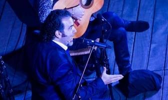 David Lagos con Alfredo Lagos. Recital de cante en 'Les Nuits Flamencas' de Avignon, Francia